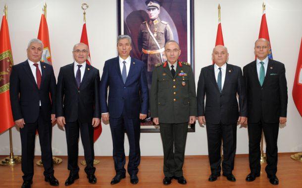 Kara Kuvvetleri Eğitim ve Doktrin Komutanı (EDOK) Korgeneral Şeref ÖNGAY'ı, TEMAD Yönetim Kurulu olarak ziyaret ettik