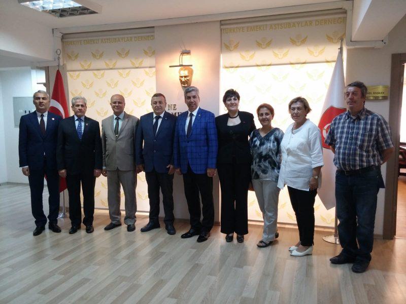 Cumhuriyet Halk Partisi Milletvekili adayı, Sn. Battal YILDIZ ve beraberlerindeki heyet,  Genel Merkezimizi ziyaret etmişlerdir.